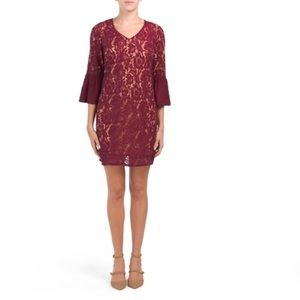 🔚🔜Gracen lace dress with bell sleeve